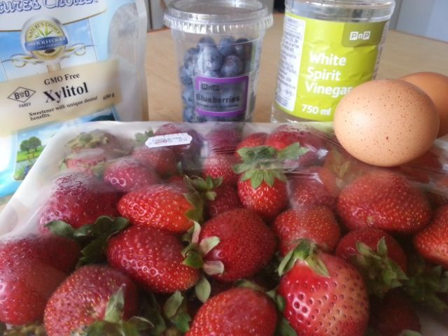 Ingredients for Sugar Free berry meringue