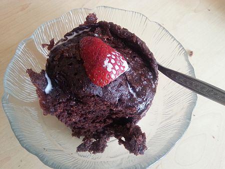 3-minute-banting-chocolate-cake-in-a-mug